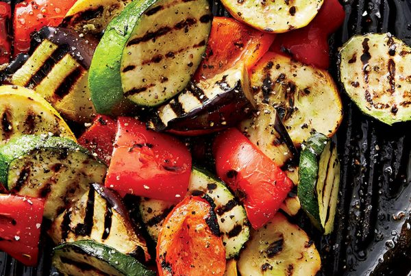 Grilled vegetables and wine