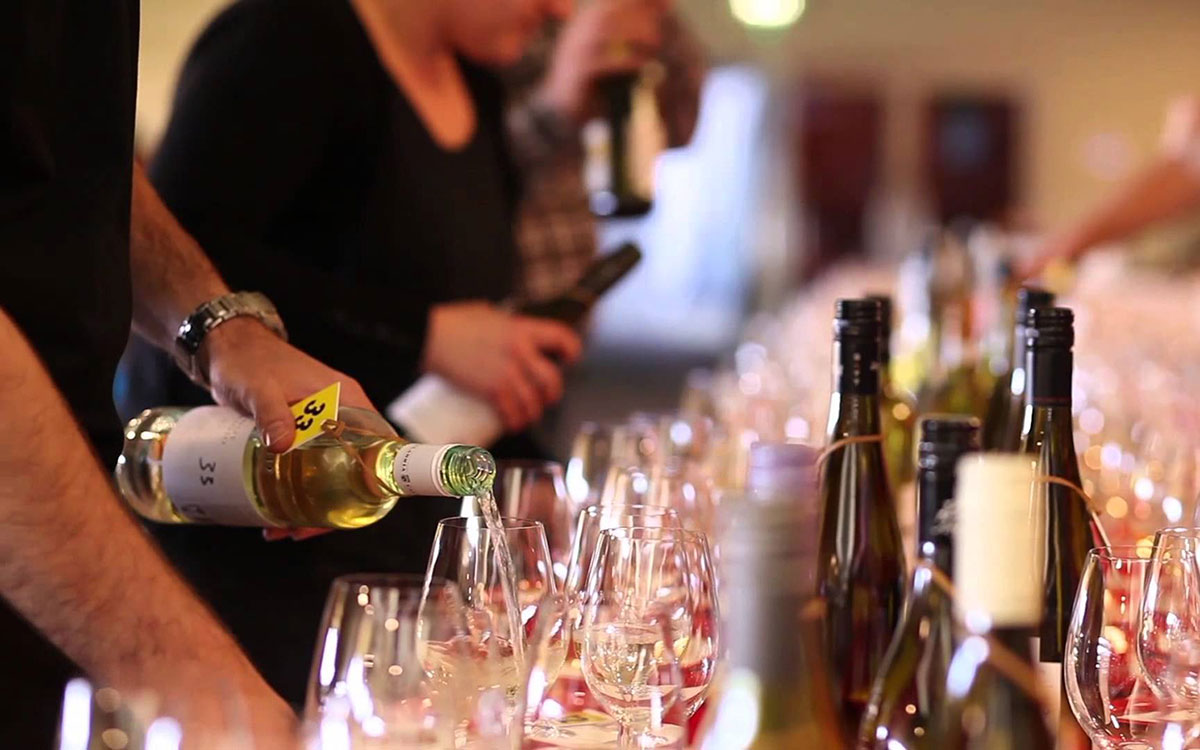 Vin Bon Franchises Win Medals at the Amateur Winemakers of Ontario Competition